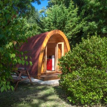Camping avec cabane en bois à Lauzerte