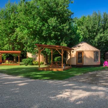 Camping avec yourte à Lauzerte